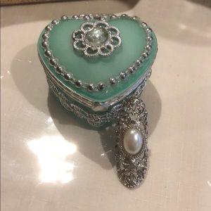 Adjustable Fashion Pearl Ring